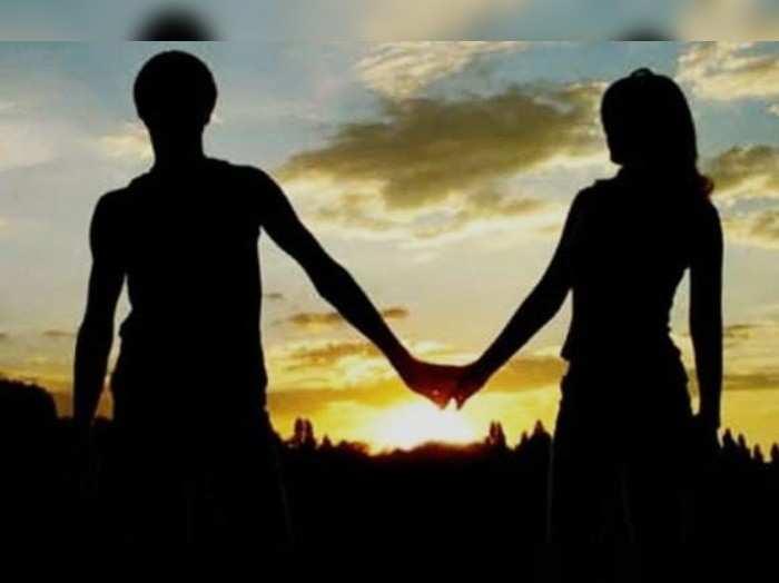 Gorakhpur news: लॉकडाउन में प्रेमिका ने फोन करके प्रेमी को बुलाया घर, परिजनों ने पकड़ा तो साथ जाने की जिद पर अड़ी