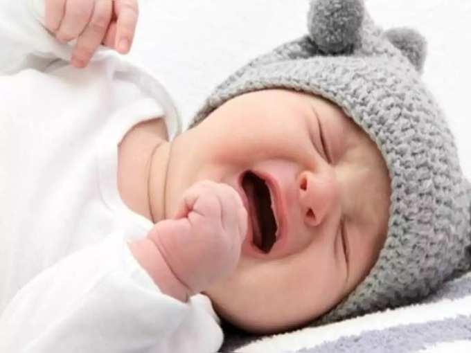 तुम्हाला माहित आहे का? रात्रीच्या वेळी मुलं अधिक का रडतात? यामागे असू शकतात 'ही' कारणं