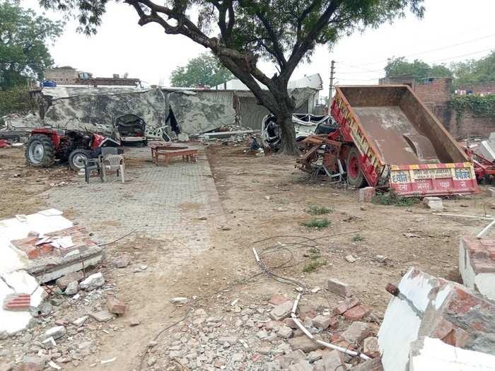 बिकरू गांव के लोगों के दिमाग से नहीं निकल रहा है विकास का भूत... नई प्रधान को 'विकास' की चिंता