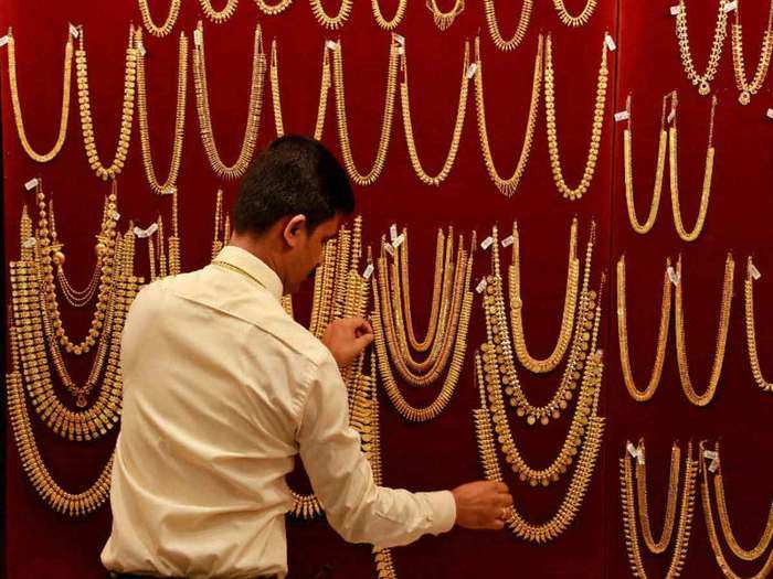gold price rise today: gold rose by rs 190 and silver by rs 125