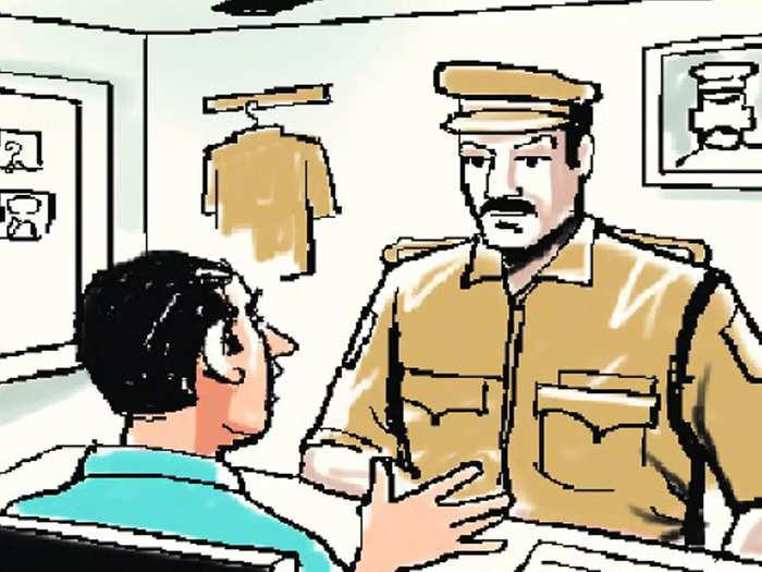 पोलिसांच्या जाचाला कंटाळून आत्महत्येचा प्रयत्न; पोलिस कर्मचाऱ्यावर कारवाई