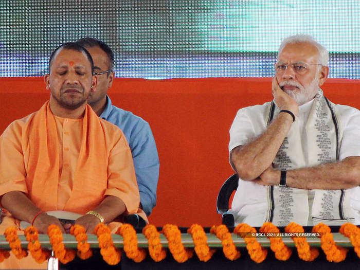 पंतप्रधान नरेंद्र मोदी विरुद्ध मुख्यमंत्री योगी आदित्यनाथ?