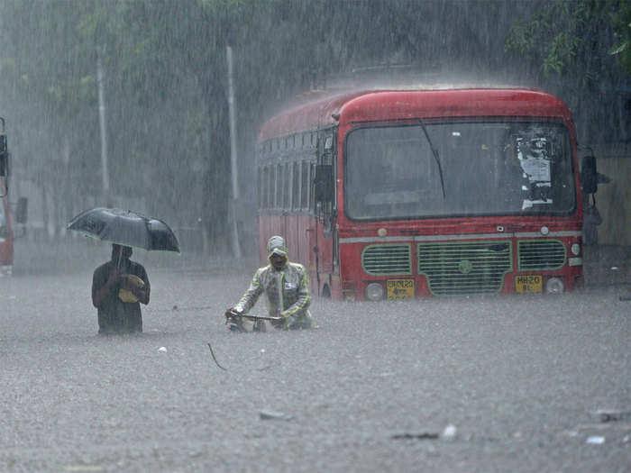 मुंबई जलमय