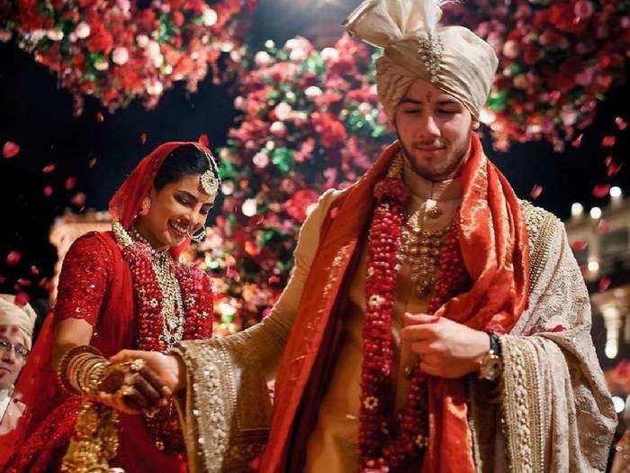 priyanka chopra no makeup look and pulpy lips tips in marathi