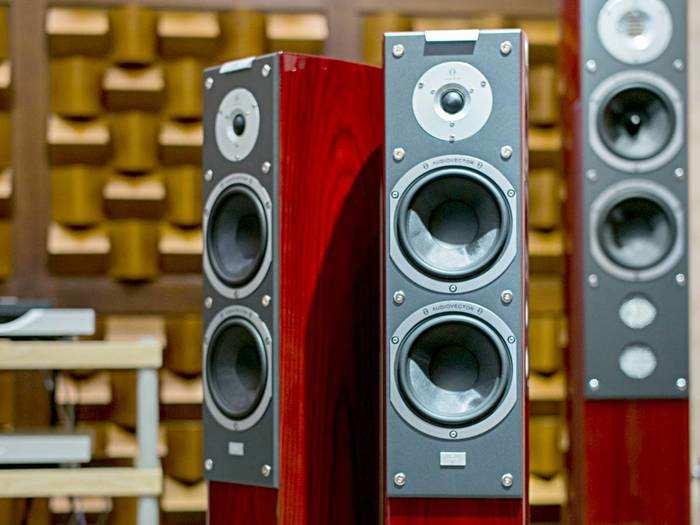 अच्छी साउंड क्वालिटी के साथ कई नए फीचर्स से लैस हैं ये Multimedia Speakers
