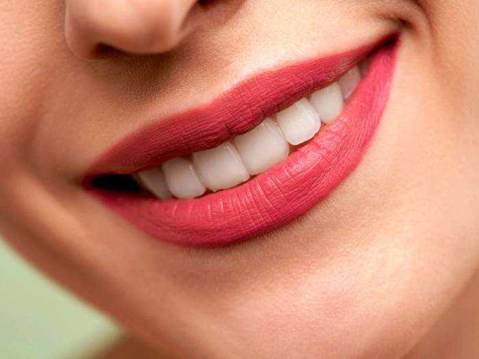 Long Lasting Lipstick : लगाएं ये डिफरेंट शेड वाली Lipsticks, मिलेगा बोल्ड और अट्रैक्टिव लुक