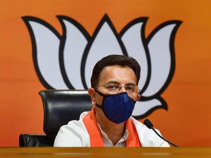 New Delhi: Former Union Minister Jitin Prasada joins BJP, at BJP headquarters in...