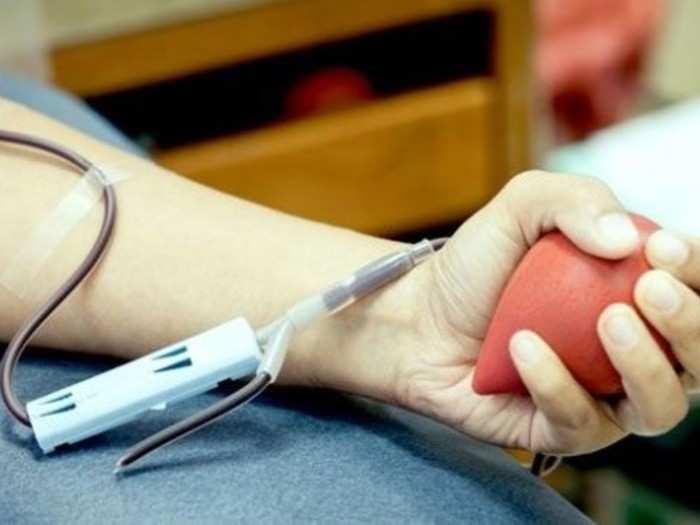 रक्तदात्यांचा पुढाकार गरजेचा