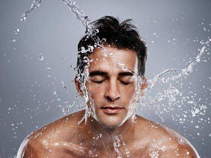 Face Wash For Men : पुरुषों की ग्लोइंग और रिफ्रेशिंग स्किन के लिए पर्फेक्ट हैं ये Face Wash