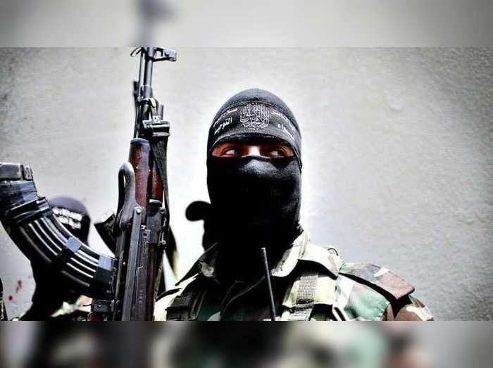 Jammu Kashmir News: नौगाम में सुरक्षाबलों की आतंकियों के साथ मुठभेड़ शुरू, दो आतंकी घिरे