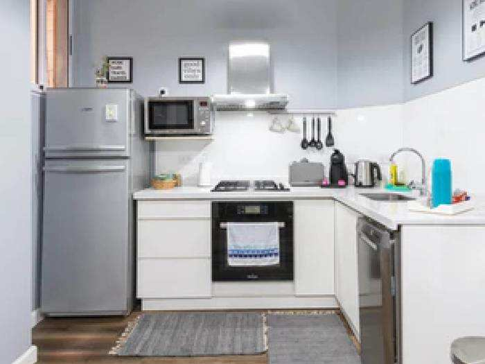 Refrigerators : 27% तक की छूट पर आर्डर करें 9 घंटे तक का कूलिंग बैकअप देने वाले Refrigerator