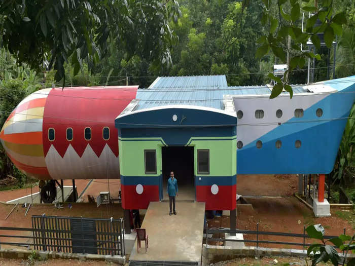 kerala nri-builds-uniquely-shaped-home