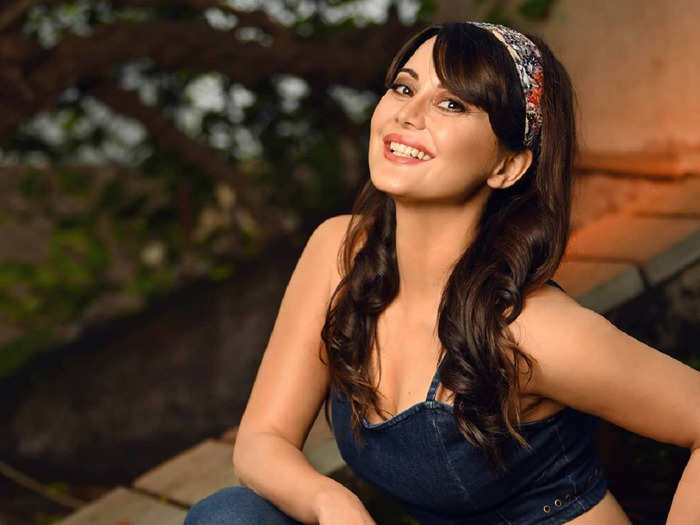 minissha lamba once again in love actresses who boldly embraces love after divorce