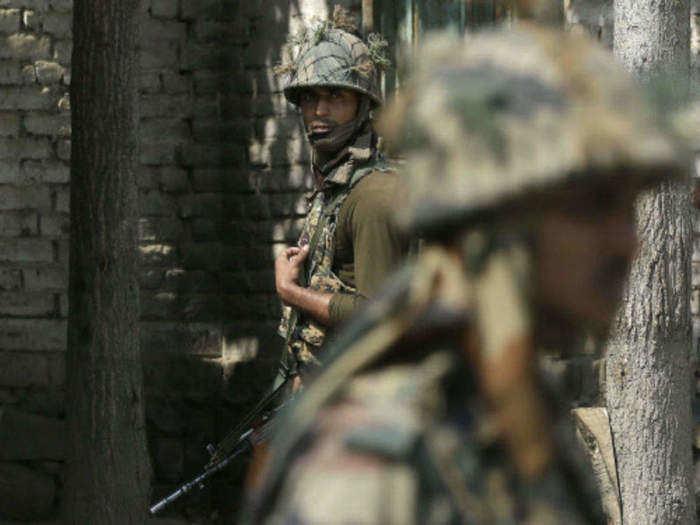 इंडियन आर्मीमध्ये भरती, एनसीसी प्रमाणपत्र असेल तर करा अर्ज