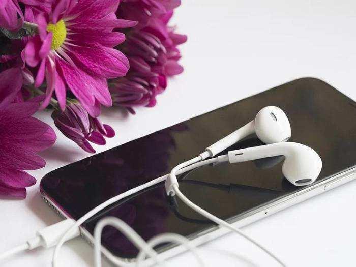 Latest Wired Earphone : इन बेस्ट Earphones में आपके फेवरेट गाने सुनने का मजा होगा डबल