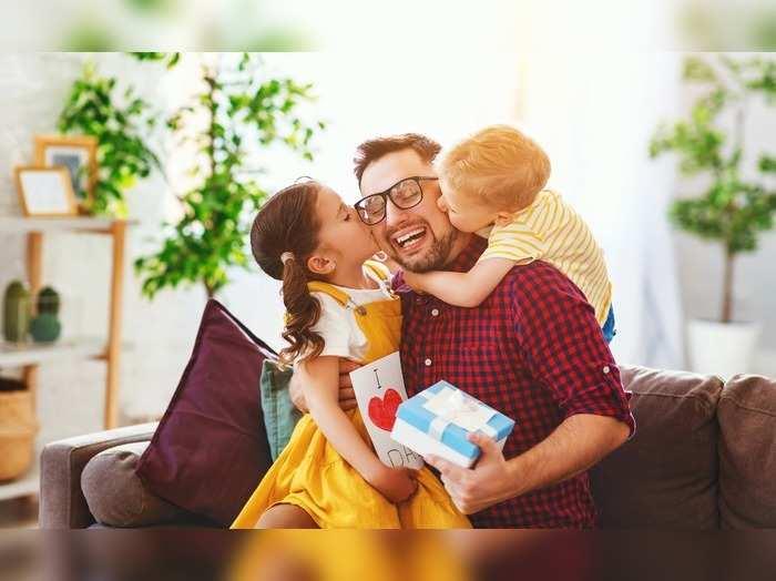 Fathers Day Gifts : फादर्स डे गिफ्ट को लेकर है कंफ्यूज तो यहां से जानें Best Fathers Day Gifting आइडिया