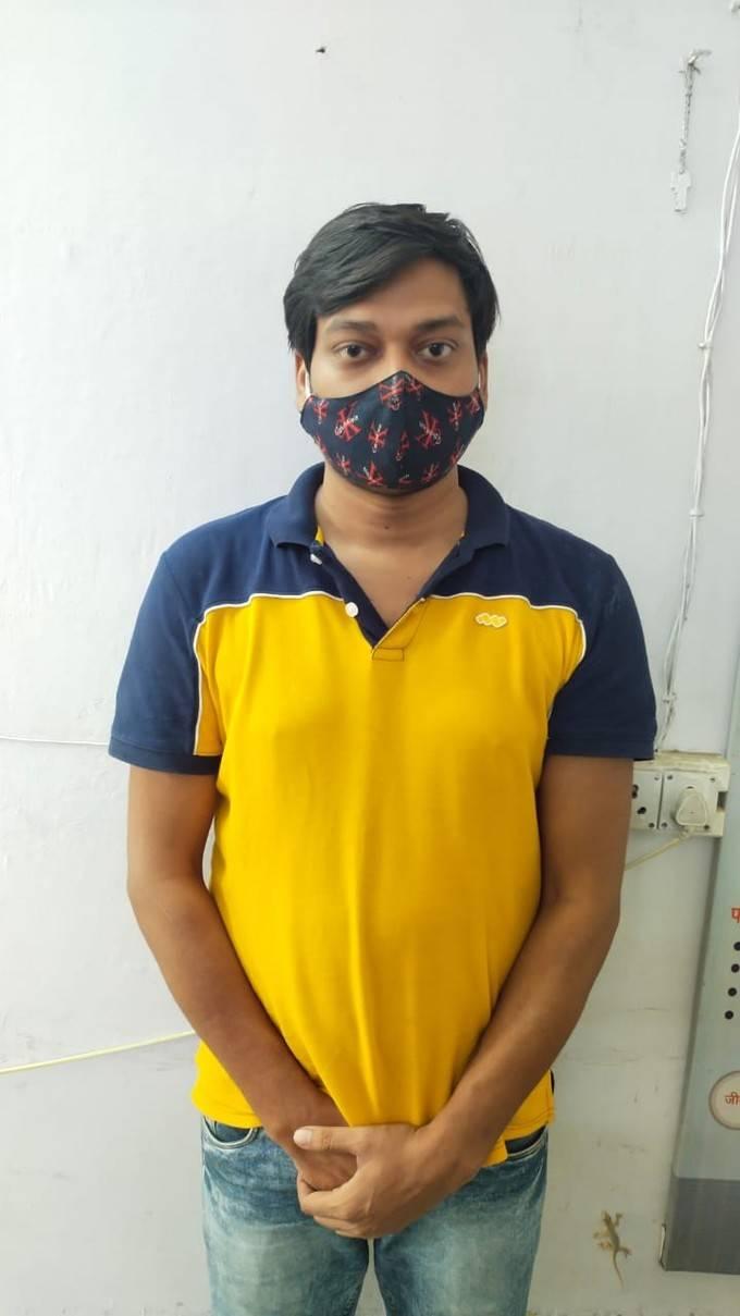 Ghaziabad News: फर्जी IPS अधिकारी गिरफ्तार, नौकरी दिलाने के नाम पर कई लोगों से कर चुका है ठगी