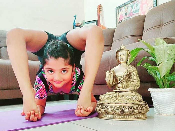 yoga girl vaneesha