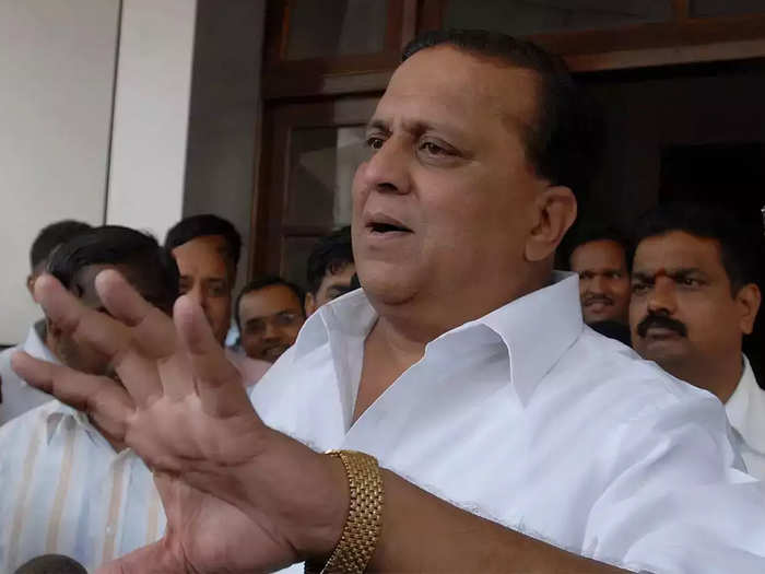मंत्री हसन मुश्रीफ यांनी मागितली कोल्हापूरवासियांची जाहीर माफी