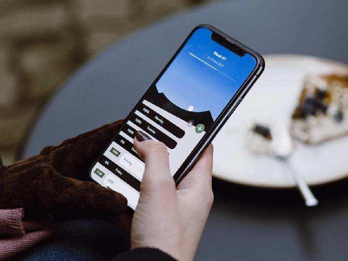 Latest Feature Smartphone : स्मार्टफोन खरीदना है, तो जरूर देखें ये बेस्ट ऑफर