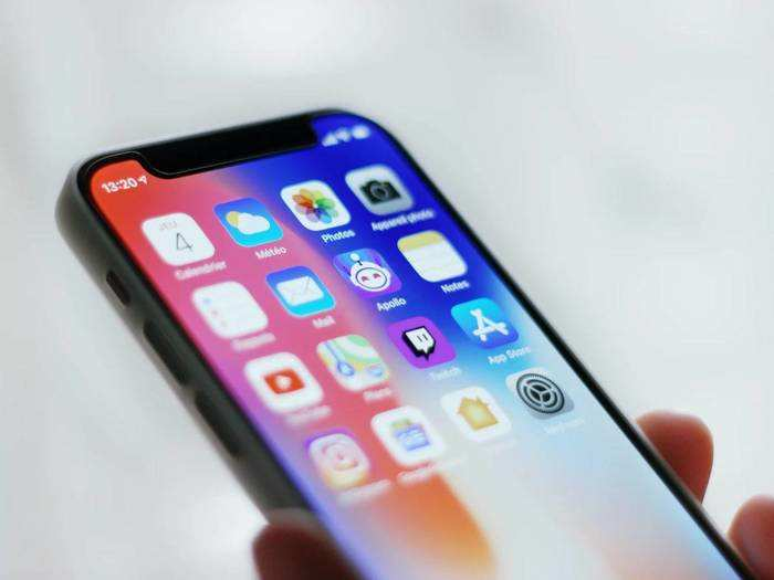 Branded Smartphones : स्मार्टफोन अपग्रेड डे पर कम दाम में खरीदें ब्रांडेड स्मार्टफोन
