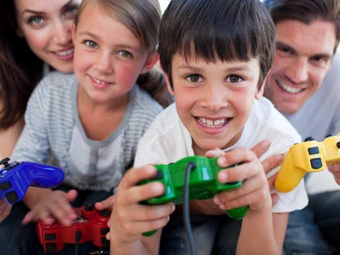 Online gaming can help parents bond with children
