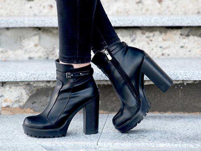 Womens Trending Boots : 5 हजार रुपए वाले ये Womens Boots केवल 2 हजार रुपए में खरीदने का है शानदार मौका, जल्दी करें