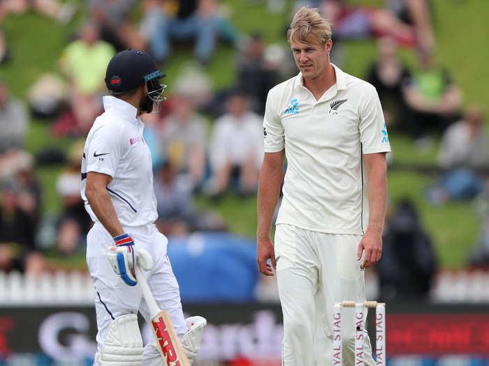 Jamieson vs Kohli: आरसीबी के गेंदबाज काइल जैमीसन अपने प्लान में हुए कामयाब, कप्तान विराट कोहली को फंसाया जाल में