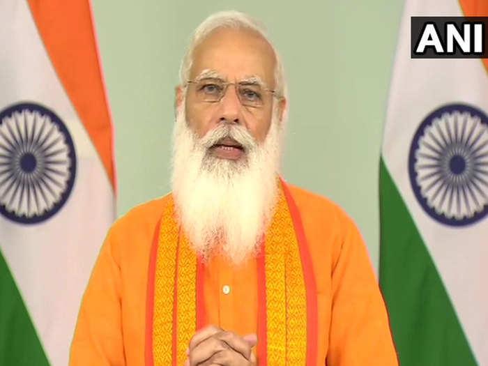 PM-Modi-Yoga