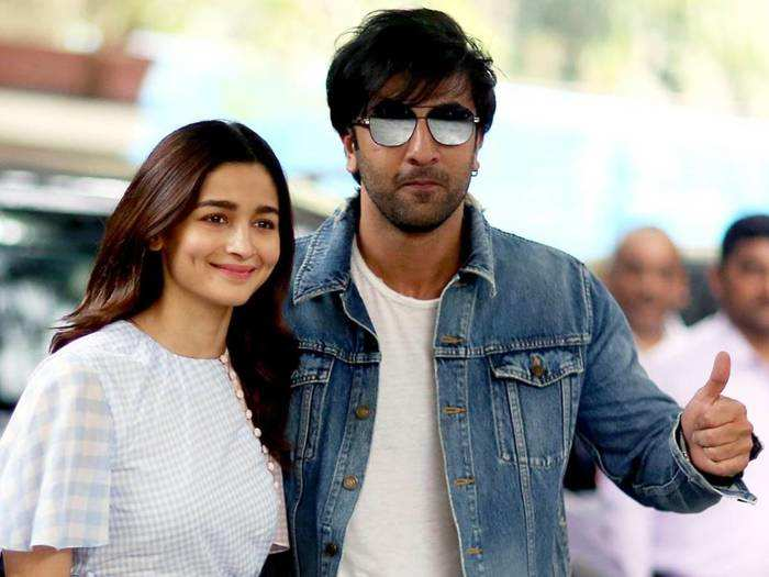 when ranbir kapoor arrived with girlfriend alia bhatt for the kapoors family lunch