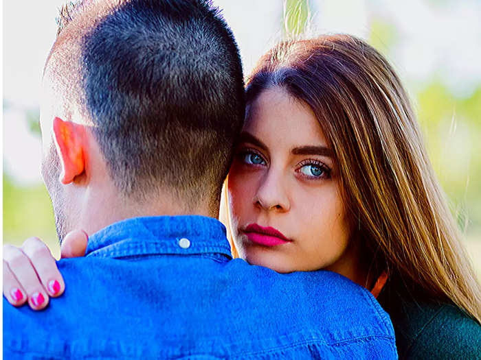 important facts you should not ignore to know your partner love is ending for you