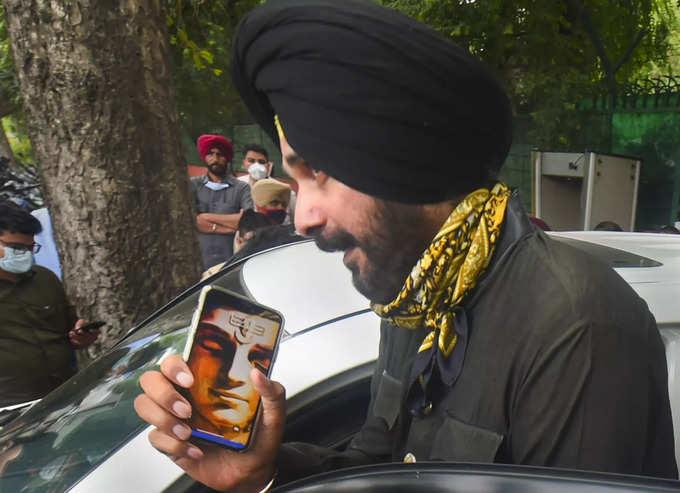 New Delhi: Punjab Congress MLA Navjot Singh Sidhu comes out from Congress war r...