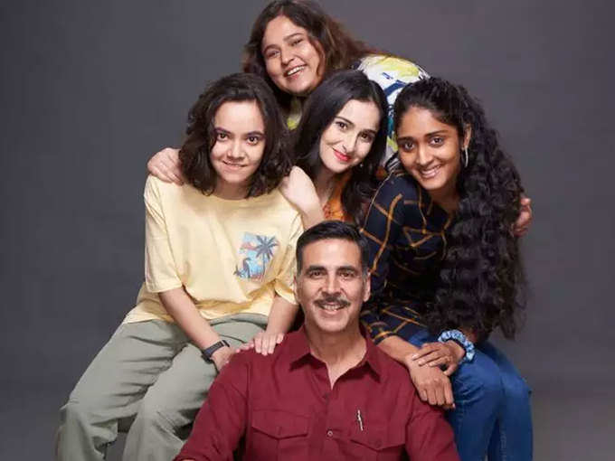 These actresses will be seen in the role of Akshay's sister