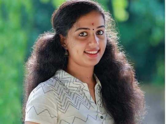 Vismaya death: വിസ്മയയുടെ പോസ്റ്റ്മോർട്ടം റിപ്പോർട്ട് ഇന്നു ലഭിക്കും; കിരണിൻ്റെ അറസ്റ്റ് രേഖപ്പെടുത്താൻ സാധ്യത - police may arrest kiran kumar husband of vismaya ...