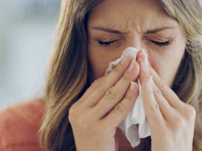 सामान्य सर्दी-ताप असणारे लोक वॅक्सिन घेऊ शकतात का व आजारपणातील डोस निरुपयोगी होतो का?