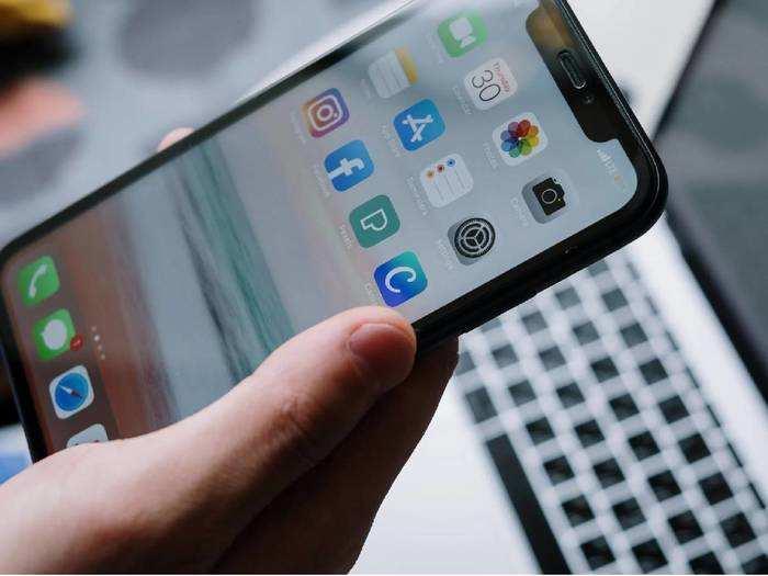 Latest Launched Vivo Smartphones : Vivo नें लॉन्च किए हैं प्रोसेसर वाले Smartphones, जानें इसके फीचर्स और प्राइस के बारे में