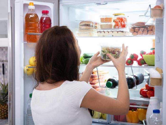 Refrigerators : कूलिंग लोड के हिसाब से बिजली की खपत को एडजस्ट करते हैं ये बड़ी कपैसिटी वाले Double Door Refrigerator