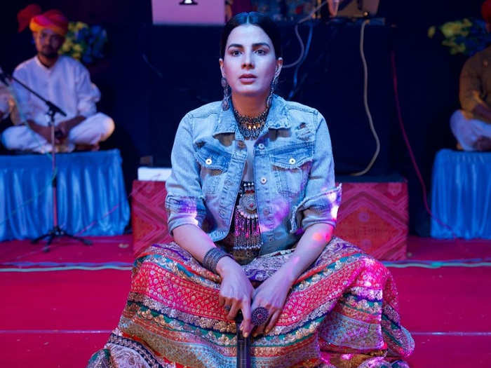kirti kulhari recalls battling depression and being replaced in a south indian film, says i felt it is the end