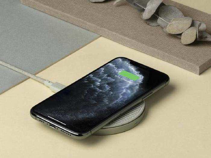 Smartphone Wireless Charger : फास्ट और स्मार्ट चार्जिंग के लिए इस्तेमाल करें ये Wireless Chargers