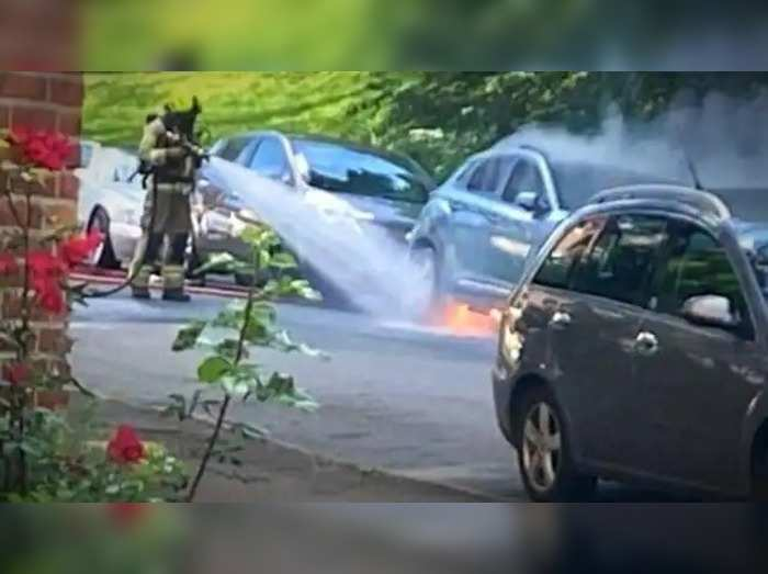 hyundai kona ev catches fire in norway why kona catching fire check details