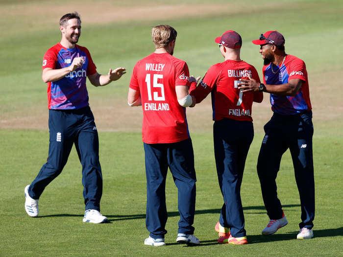 ENG vs SL 3rd T20I Highlights: जॉनी बेयरस्टो-डेविड मलान के बाद छाए डेविड विली, इंग्लैंड ने T20 सीरीज में श्रीलंका का किया एकतरफा सफाया