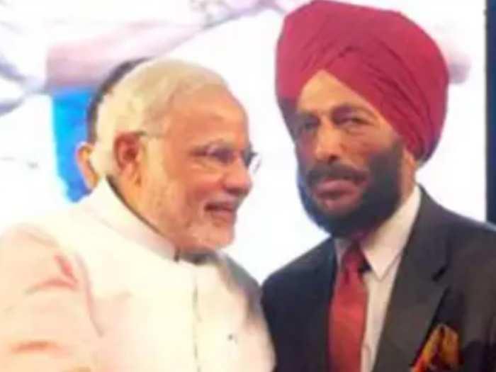 प्रधानमंत्री नरेंद्र मोदी और मिल्खा सिंह (फाइल फोटो)