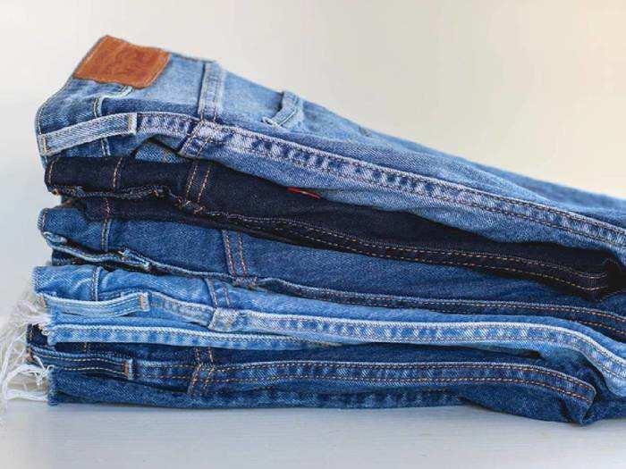 Branded Mens Jeans : कॉटन से बनी Men's Jeans से मिलेगा स्टाइलिश और शानदार लुक, भारी छूट पर करें ऑर्डर