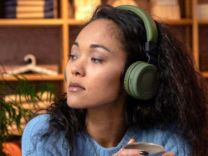 Best Quality Headphones : गेमिंग और म्यूजिक के लिए आज ही ऑर्डर करें ये Bluetooth Headphones