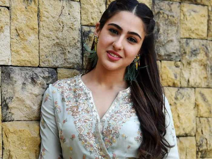 sara ali khan share her beauty secrets and get skin care tips from amruta singh and sharmila tagore