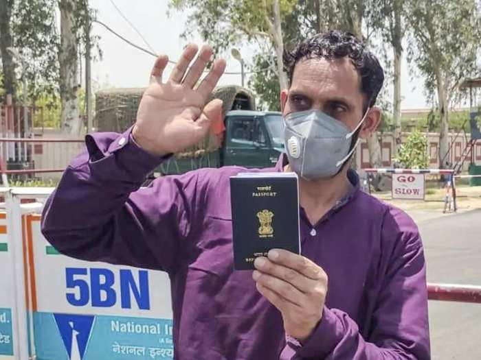 Attari_ An Indian national who were stranded in Pakistan due to lockdown followi....