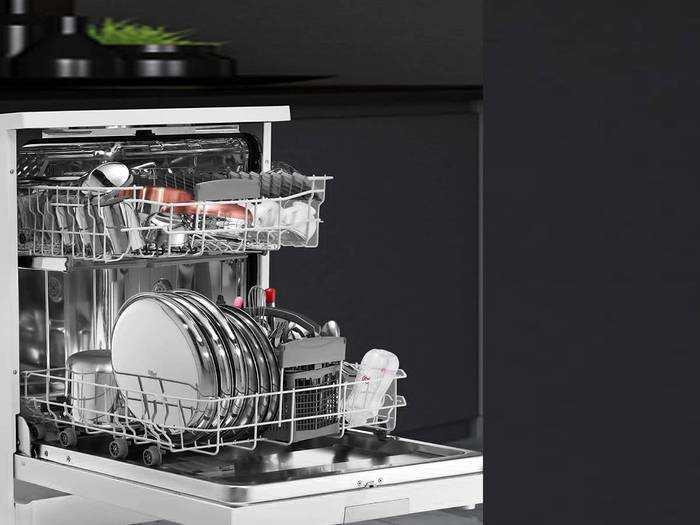 Best Dishwashers : कम पानी और बिजली की खपत करते हैं ये Dishwasher, बर्तनों की सफाई के साथ मारते हैं वायरस और बैक्टीरिया