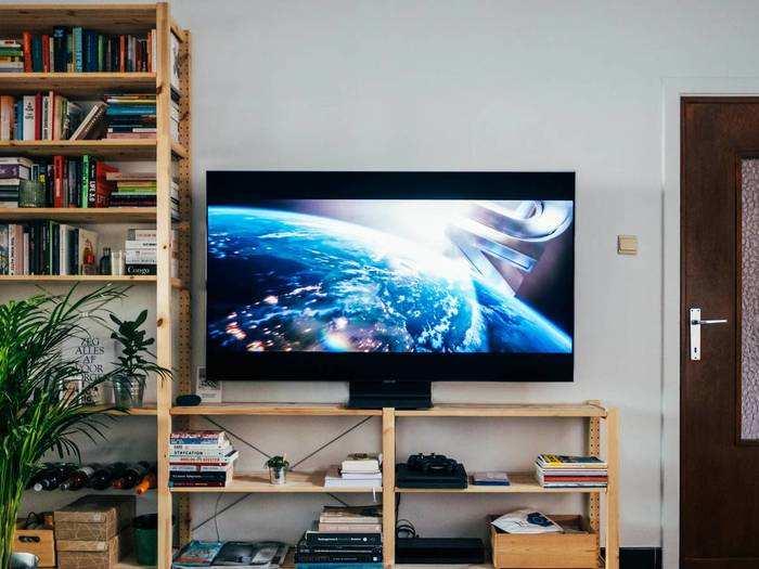 कम कीमत में ऑर्डर करें OnePlus और Samsung के लेटेस्ट फीचर वाले Smart TV