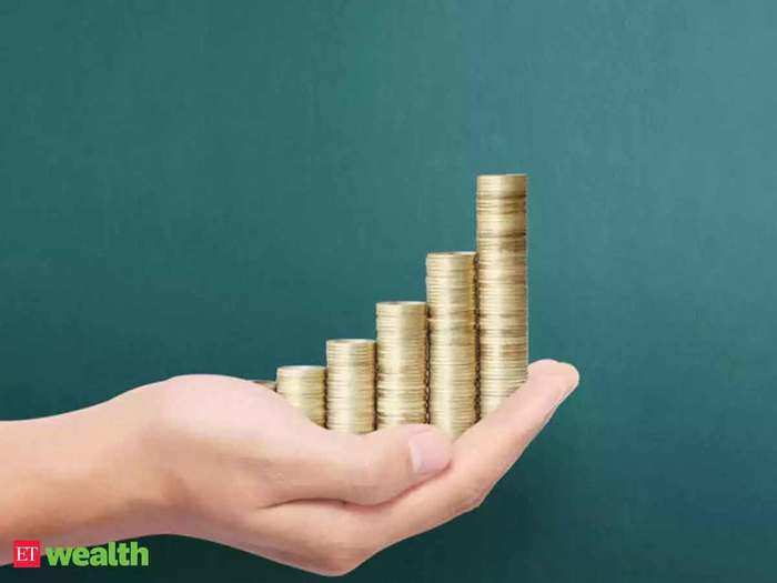 know about 5 best tax saving fixed deposits, these fd can give you high interest rates