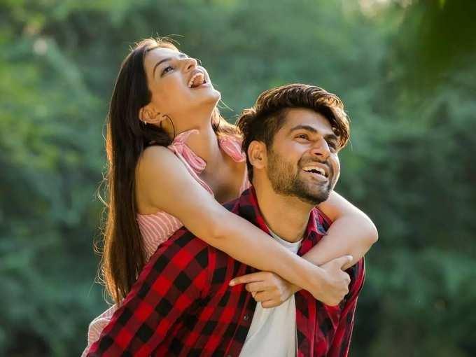 karishma tanna upen patel love story and breakup: 'संसार मांडायचा नव्हता' साखरपुड्यानंतर या हॉट अभिनेत्रीचं नातं मोडलं, काय होतं कारण